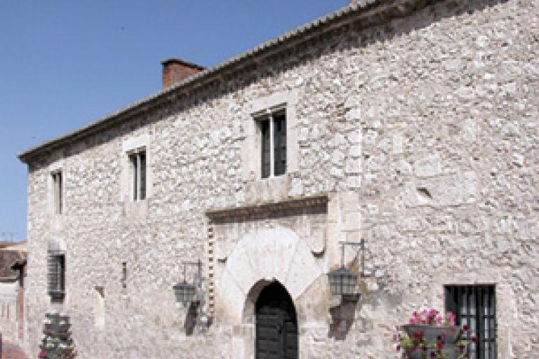 Museo Carlos V - Casa-Palacio Conde de la Patilla